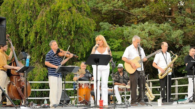 TWILIGHT TUESDAYS: AL FRESCO MUSIC, DINING IN NEW HAVEN