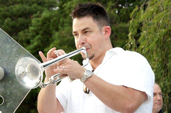 Brian Wallace - Trumpet / Flügelhorn / Percussion