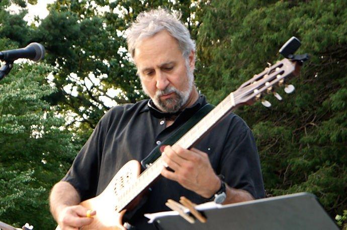Dave Giardina - Guitar / Bandleader