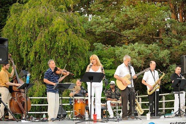 Goza Latin Band